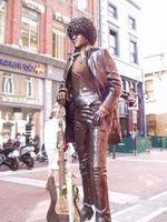Philip_lynott_dublin_statue_2